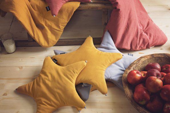 Poduszka gwiazdka Poofi, star baby pillow by Poofi