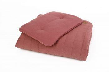Duvet Pillow Organic Maroon Color Mood 1